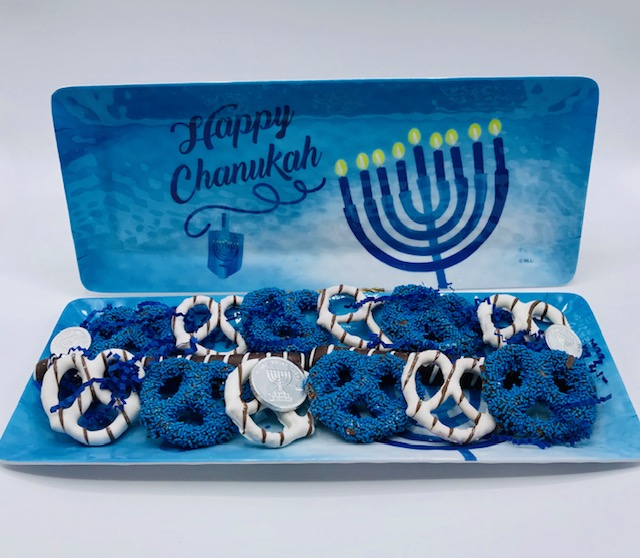 Chanukah Chocolate Pretzels