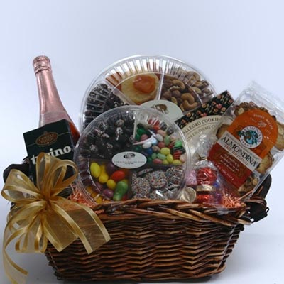 Grand Gift Basket - Free Shipping!